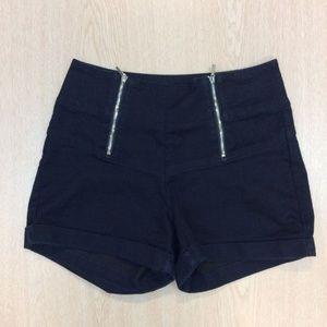 High-waisted Zipper Bebe Shorts